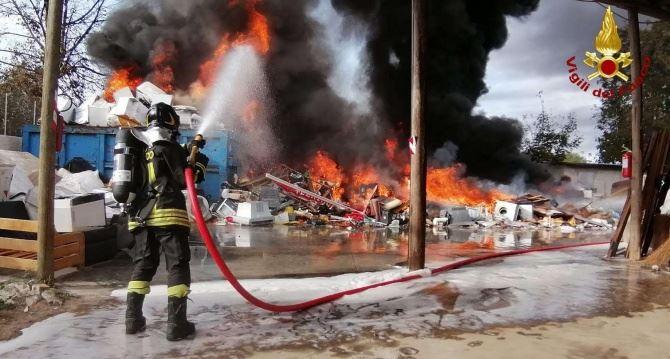 L'incendio a San Gregorio