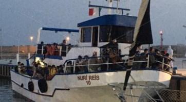 Coronavirus, positivi otto migranti dell'ultimo sbarco a Roccella