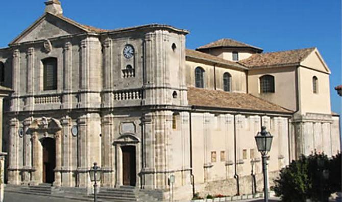 La cattedrale di Squillace, foto dal sito della Diocesi