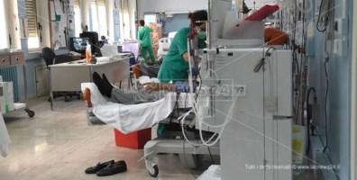 Coronavirus Catanzaro, contagiato un dializzato: screening nel reparto