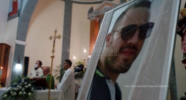 Due anni senza Francesco Vangeli, il dolore di mamma Elsa: «Attesa straziante»
