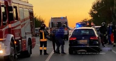 Tragico incidente sulla statale 106 a Botricello, ciclista muore sul colpo