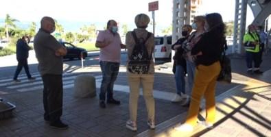 Lamezia, i lavoratori dell'aeroporto chiedono aiuto: «Vogliamo lavorare»