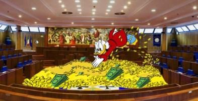 """Non solo vitalizi: agli ex consiglieri calabresi anche 80mila euro per il loro """"dopolavoro"""""""
