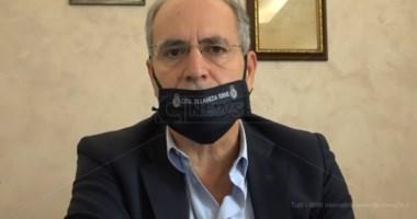 Ospedale Lamezia, in attesa di Cotticelli continua la battaglia del sindaco