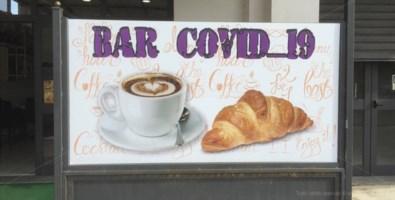 """A Vibo spunta il bar """"Covid-19"""", il titolare: «Un modo per far riflettere»"""