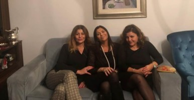 La presidente Santelli con le sorelle