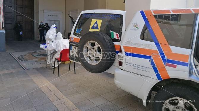 Le attività di screening nella sede della Provincia di Cosenza