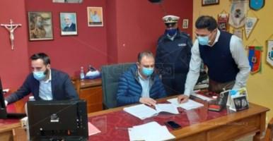 In foto: l'assessore Protezione civile Quercia, il sindaco Cennamo e il presidente del consiglio comunale Rossi