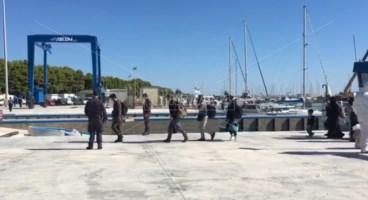 Nuovo sbarco in Calabria, 98 migranti giunti al porto Roccella Jonica