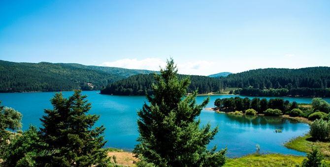 Uno scorcio sul lago Arvo