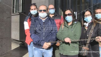 I lavoratori della Cooperativa Adiss in protesta