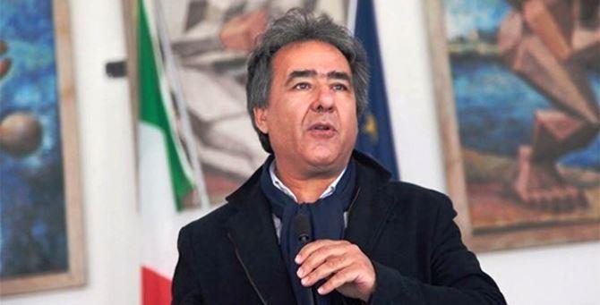Il sindaco di Amendolara, Antonello Ciminelli