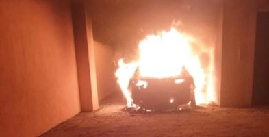 L'auto di Infantino in fiamme