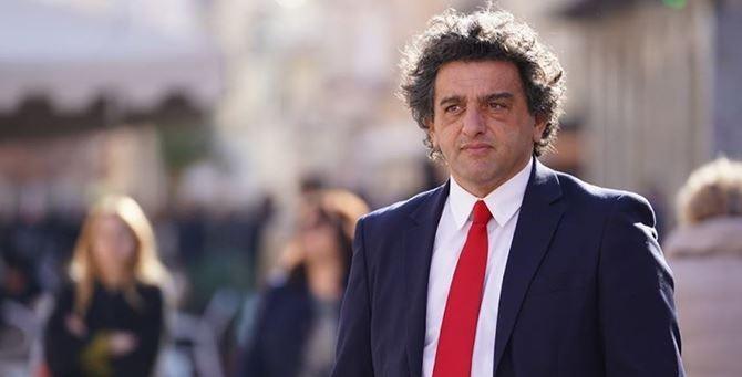 Il professore Francesco Aiello