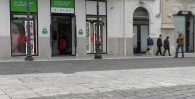 Zona rossa, a Reggio Calabria alcuni negozi violano le restrizioni e aprono per protesta