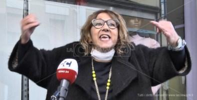 Vibo, barricata in negozio contro il Dpcm. La solidarietà della città: «Sei la voce di tutta la Calabria»