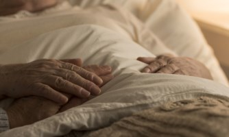 Covid nel Vibonese, tragedia a Drapia: Ferdinando e la moglie muoiono a distanza di poche ore
