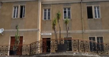 Comune di Falerna, la minoranza: «Menniti sindaco inadeguato. Ora nuova fase»