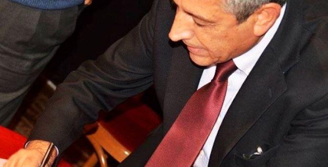 Il sindaco di Cassano allo Jonio, Gianni Papasso