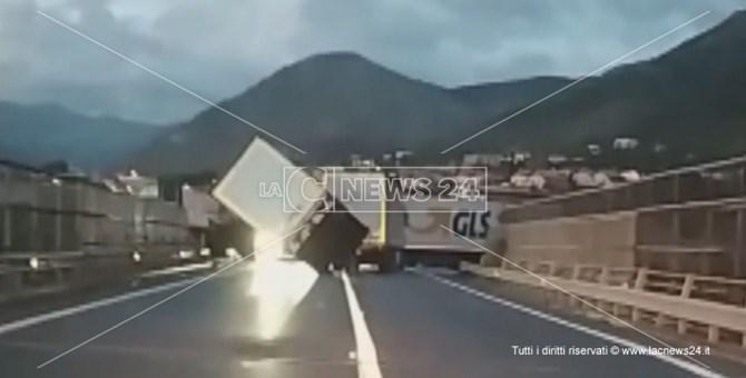 L'incidente che si è verificato ieri a causa delle forti raffiche di vento