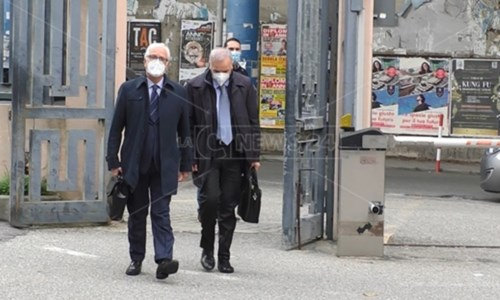Tallini all'arrivo al tribunale di Catanzaro