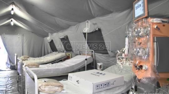 Coronavirus Soverato, tenda di emergenza allestita fuori dal pronto soccorso