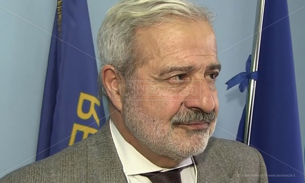 Il commissario ad acta per il piano di rientro, Guido Longo