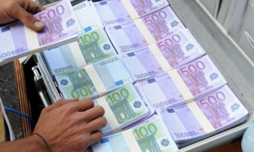 'Ndrangheta, indagato imprenditore reggino: «Ho buttato nella spazzatura 100 miliardi in titoli»