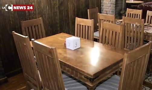 Riaperture, dai ristoranti al chiuso al coprifuoco alle 23: le richieste delle Regioni al Governo
