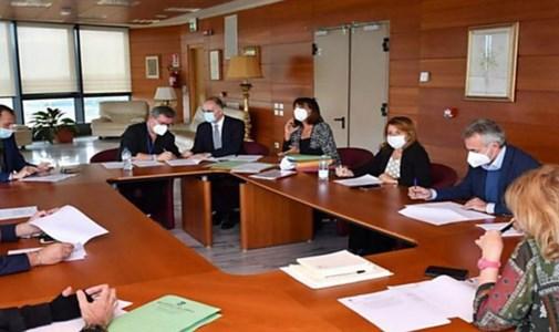 Precari della Regione, la giunta decide di portare il caso in consiglio