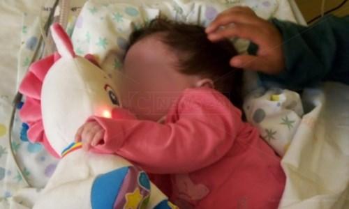 Il dramma della piccola Jacqueline: 15 mesi, in coma vegetativo ma senza assistenza domiciliare