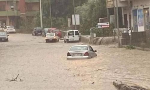 Maltempo Reggio Calabria, il Comune: «Non uscite di casa e raggiungete i piani alti»