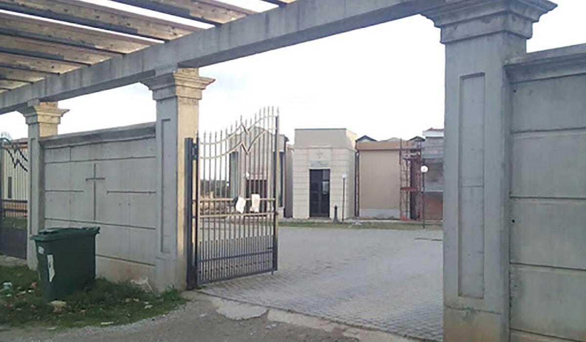 L'ingresso della nuova area cimiteriale