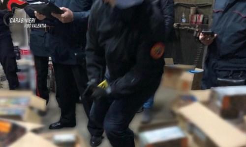 Maxi sequestro di fuochi pirotecnici nel Vibonese: denunciata una donna
