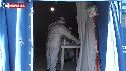 Covid Calabria, calano i contagi ma con meno tamponi effettuati: 256 positivi e 4 morti
