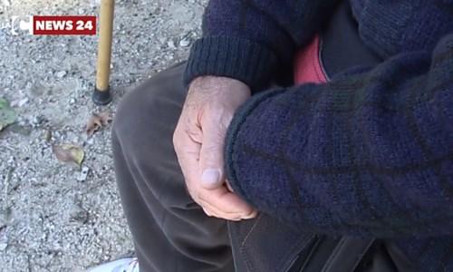 Anziano cede il proprio vaccino anti-Covid a mamma di un disabile: «Prenda il mio posto»