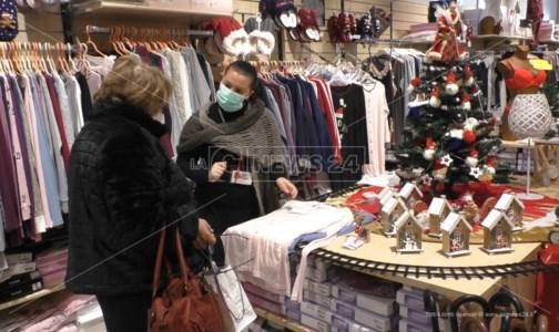 Cashback di Natale piccolo flop, lo sfogo dei commercianti: «La gente non ha soldi»