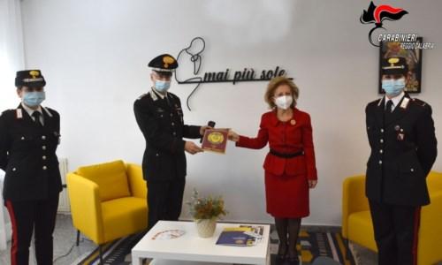 """""""Una stanza tutta per sé"""" in caserma a Reggio Calabria per le donne vittime di violenza"""