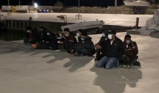 Secondo sbarco nella Locride in due giorni, 70 migranti giunti a Roccella