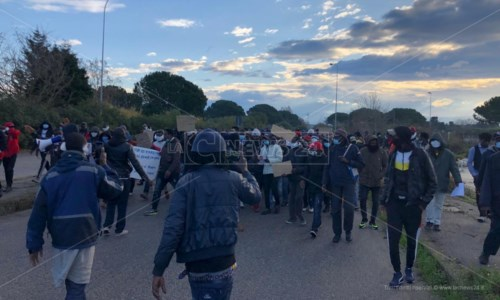 Il corteo di manifestanti