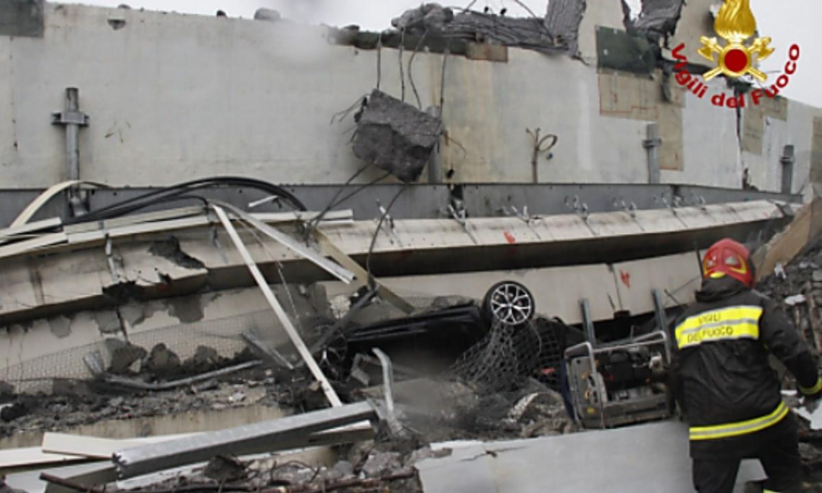 Il crollo del ponte di Genova