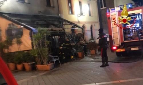 Incendio danneggia un bar a Girifalco, non esclusa la pista dolosa