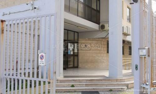 Emergenza rifiuti a Crotone, la prefettura boccia l'ordinanza del sindaco: «È illegittima»