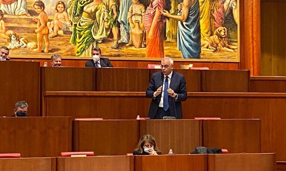 L'assessore Talarico in Consiglio regionale