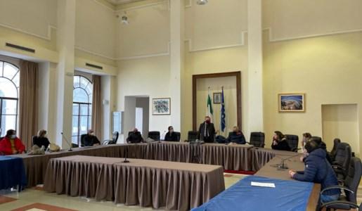 L'assemblea dei lavoratori precari a Castrovillari