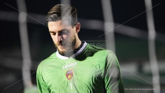 Serie B, il Cosenza soffre ma torna da Pescara con un buon punto