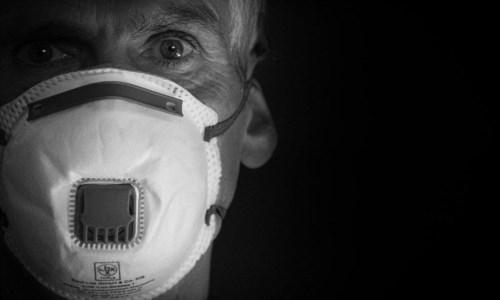 Emergenza pandemiaPraia, contagi Covid fuori controllo: obbligo di mascherina anche all'aperto