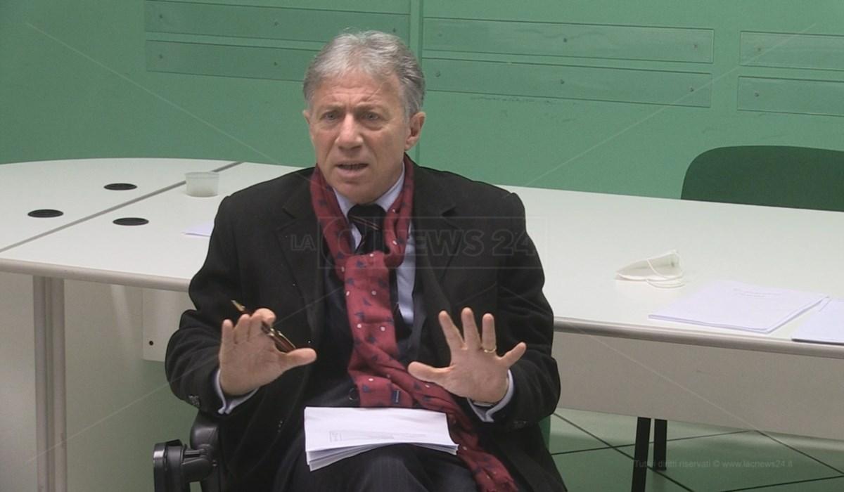 Covid Cosenza, commissario Asp La Regina: «Vaccini e poi servizi sanitari di qualità»
