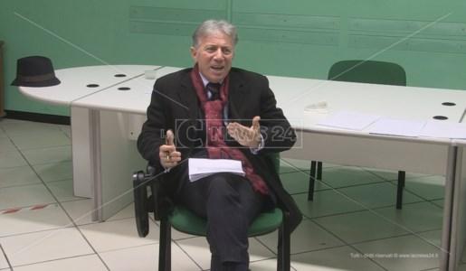 Il commissario dell'Asp di Cosenza Vincenzo La Regina